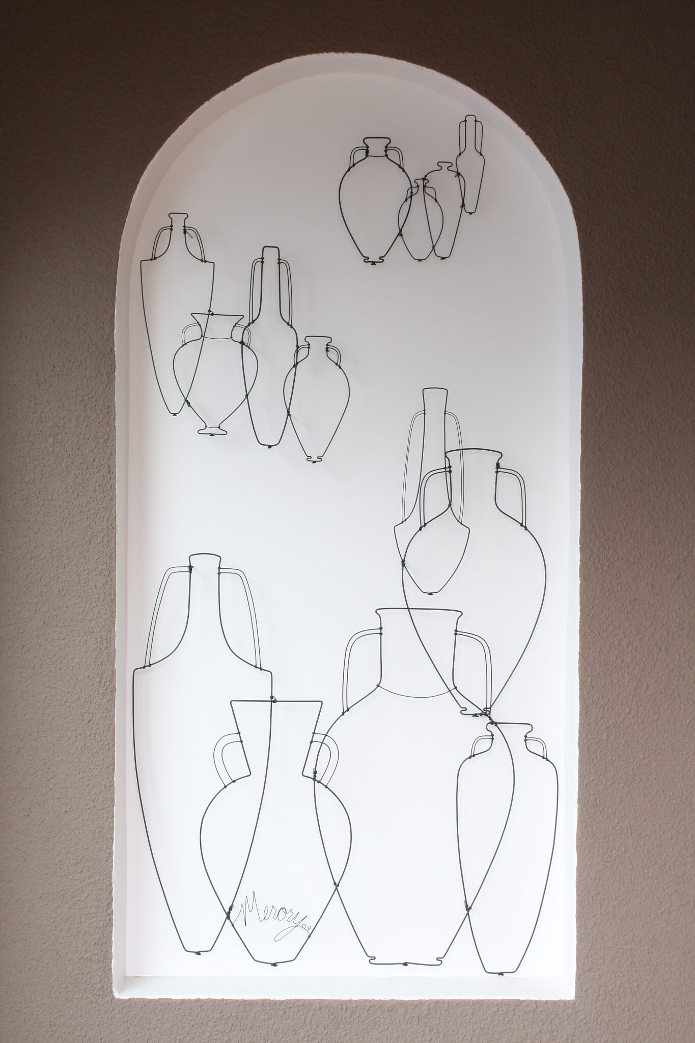 Pamela Merory Dernham, Before Morandi, 2009, wire sculpture